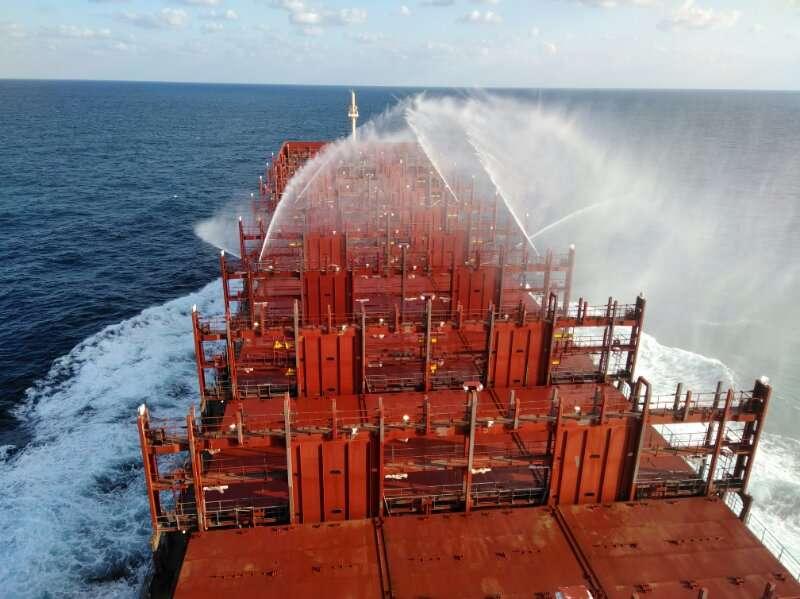 """伟星管伴随第一艘马士基""""Venta Maersk"""" 集装箱船成功试航北极"""